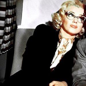 2 pair Marilyn Monroe reading glasses 2.00 strength